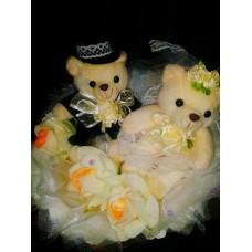 Букет влюбленные мишки